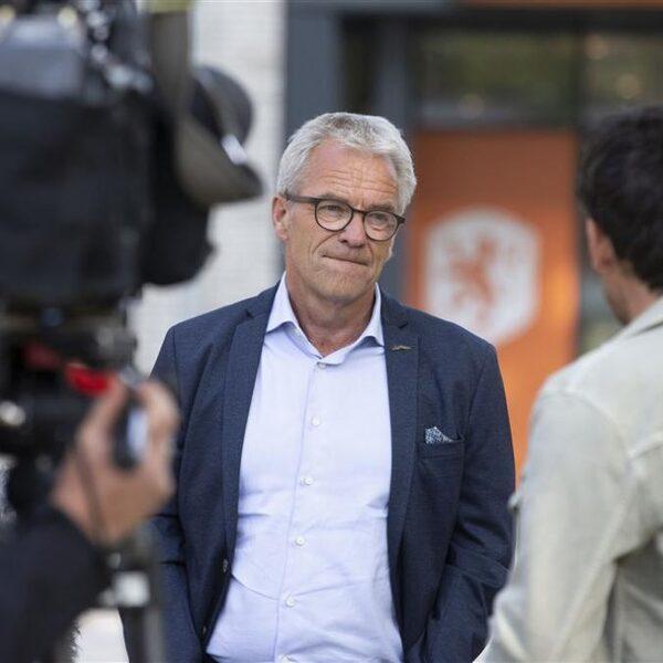 NOS Voetbalpodcast: 'Wie staat er op om Nederlandse voetbal te redden?'