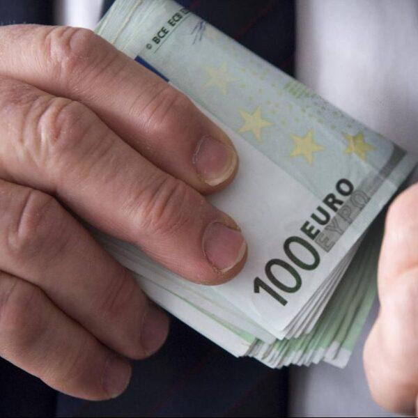 'Weinig strafzaken uit witwasmeldingen banken'