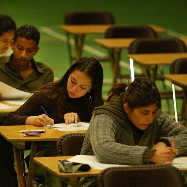 'Vroege selectie veroorzaakt ongelijke kansen voor leerlingen met verschillende achtergronden'