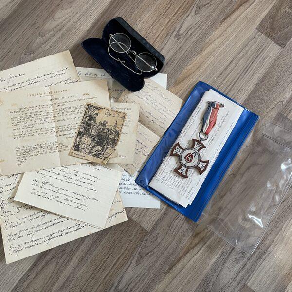 Van wie zijn deze gevonden spullen uit de Tweede Wereldoorlog?