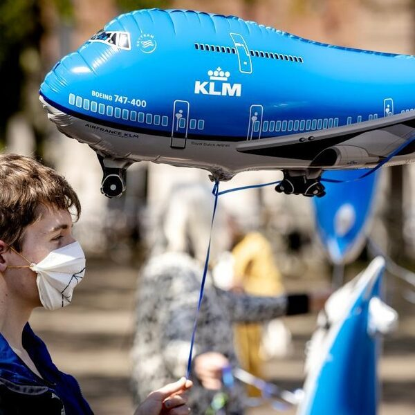 Miljardensteun aan KLM of moet luchtvaart een stapje terug doen?