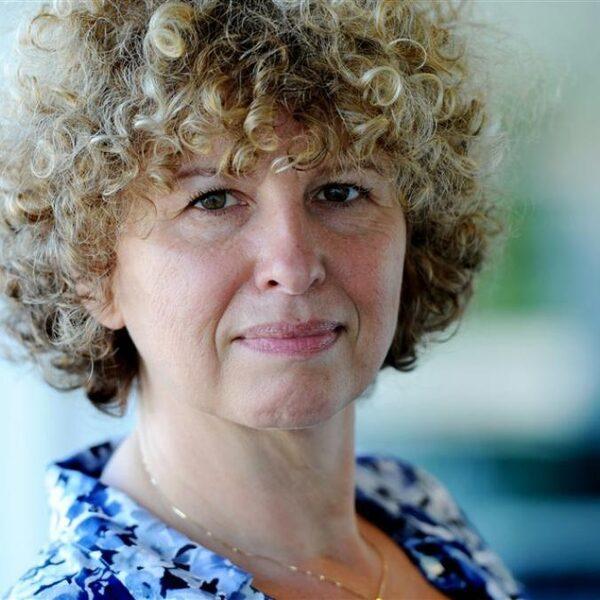 Saskia Dekkers: 'Mensen trekken zich terug in hun nationalistische gevoel'