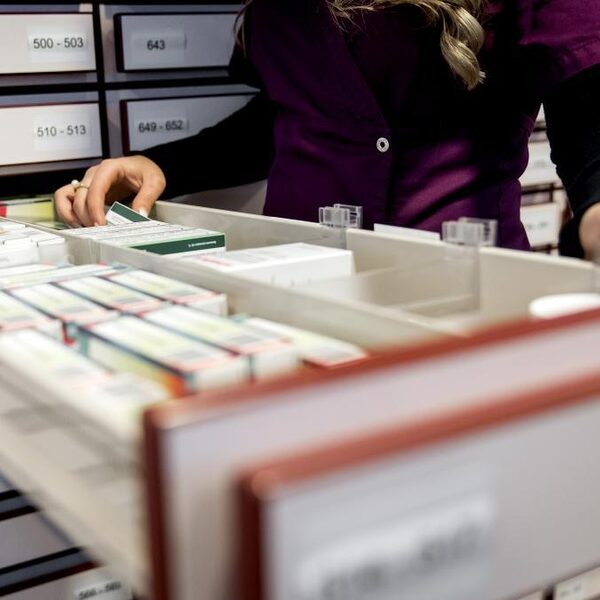 'Nog steeds medicijntekorten bij apothekers'