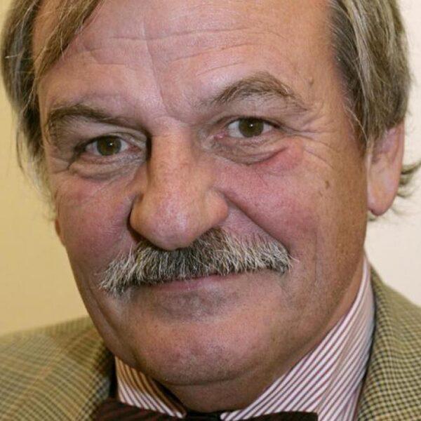 In memoriam: journalist en schrijver Alexander Münninghoff