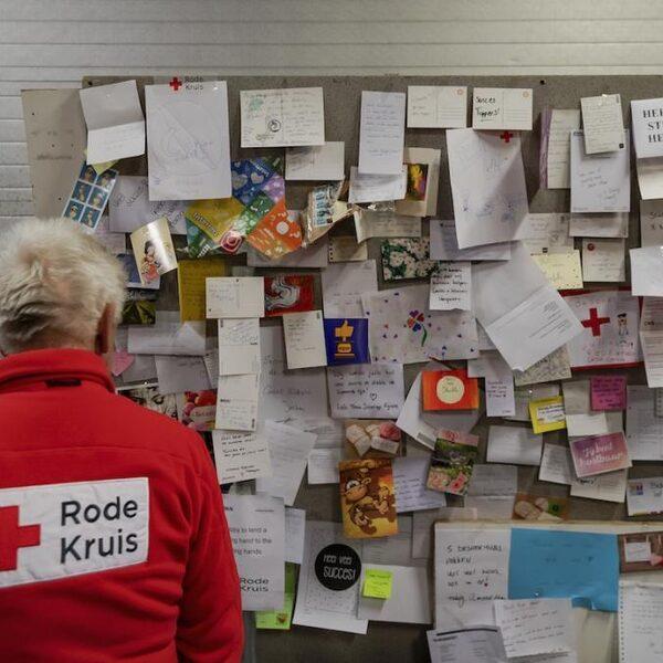 Rode Kruis kreeg miljoenen van tabaksfabrikant, tegen eigen regels in: 'Niet aan lange termijn gedacht'