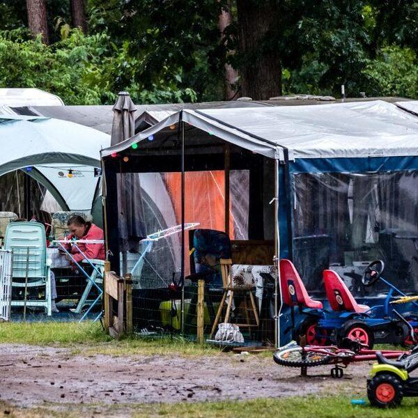 Drie dagen kamperen met je buren in het park: het kan op de Buurtcamping