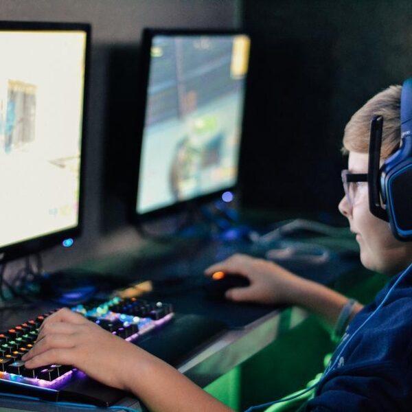 Social distancing: hoe mensen elkaar opzoeken in online games