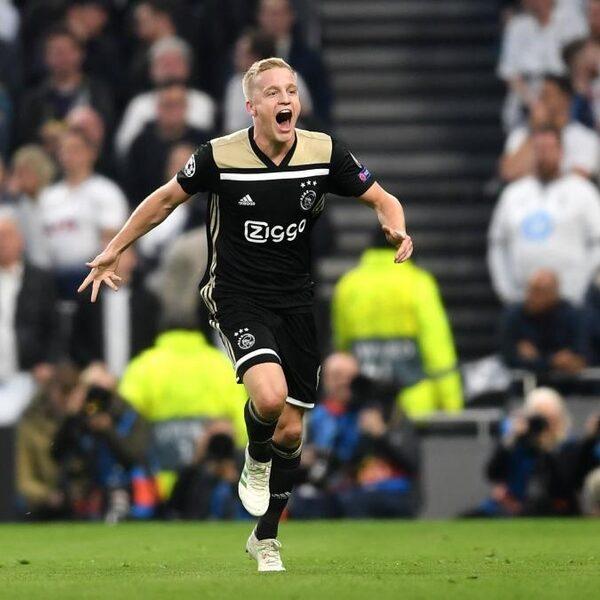 Van de Beek laat winnend Ajax aan finale Champions League ruiken