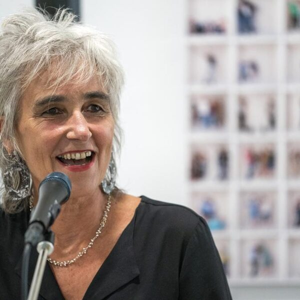 Marion Koopmans over plan Gommers: Vaccineren zorgpersoneel is 'denkbaar, maar een duivels dilemma'