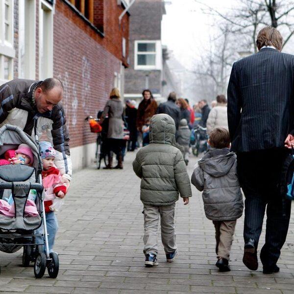 Ouders met autisme: 'Ik werd nooit geknuffeld'