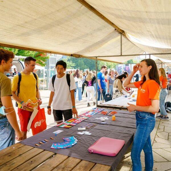 Veel meer leden voor studentenverenigingen 'door behoefte aan sociale contacten'