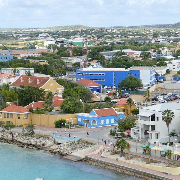 Waarom doen we niets aan de armoede in onze Caribische gemeenten?
