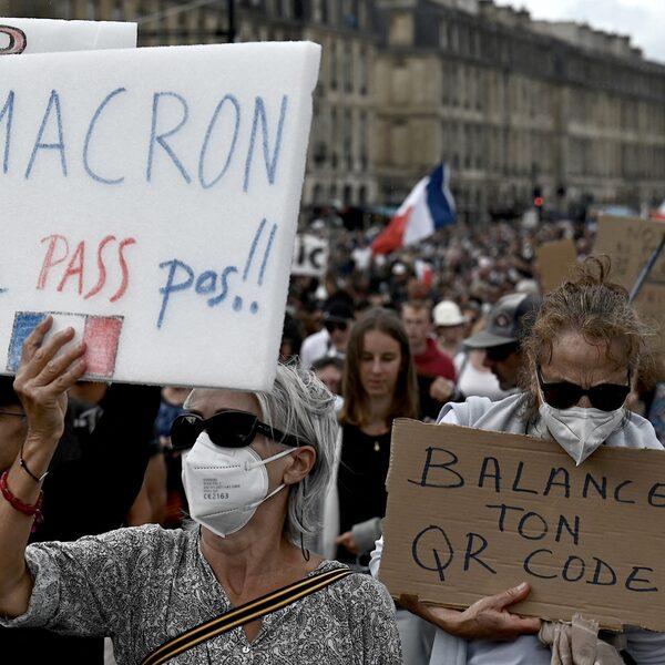 Zonder Franse coronapas geen toegang tot horeca