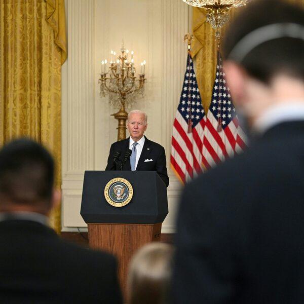 Biden over situatie in Afghanistan: 'Het stopt bij mij'