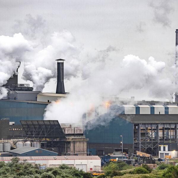 IJmonders willen onafhankelijk onderzoek naar schadelijke gezondheidseffecten van Tata Steel
