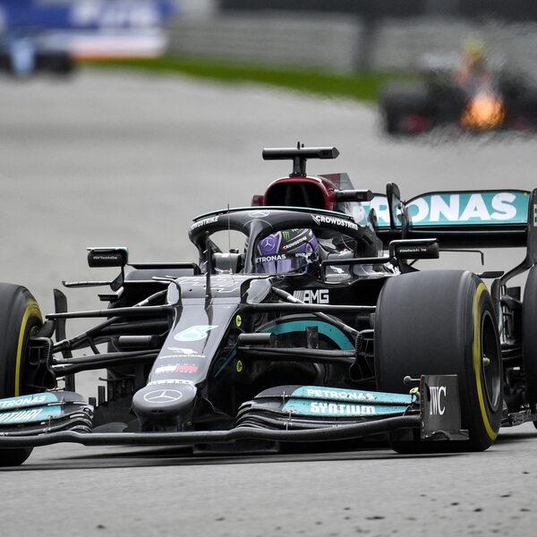 Honderdste Grand Prix-zege Hamilton, Verstappen tweede