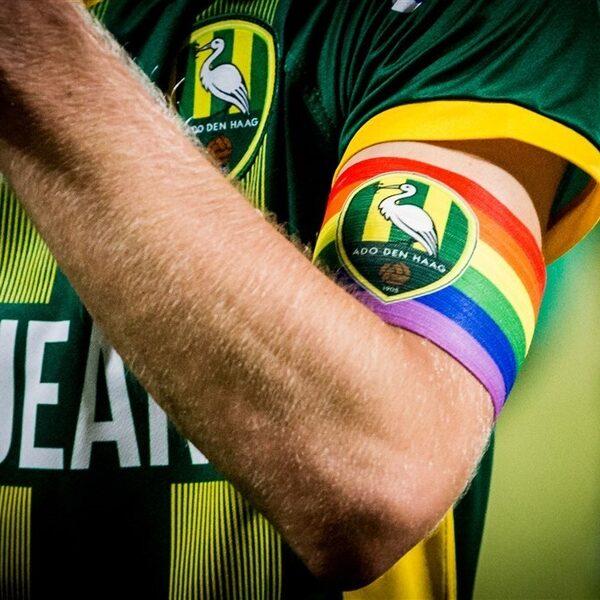 Podcast De Dag: wie wil er nou homo-rolmodel zijn in de voetbalwereld?