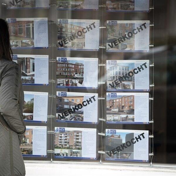 Podcast De Dag: hoe huisjesmelkers de woningmarkt overnamen