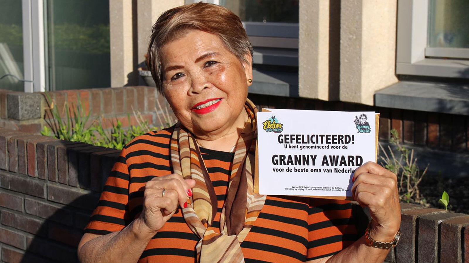 Oma Roos laatste genomineerde Granny Award 2018