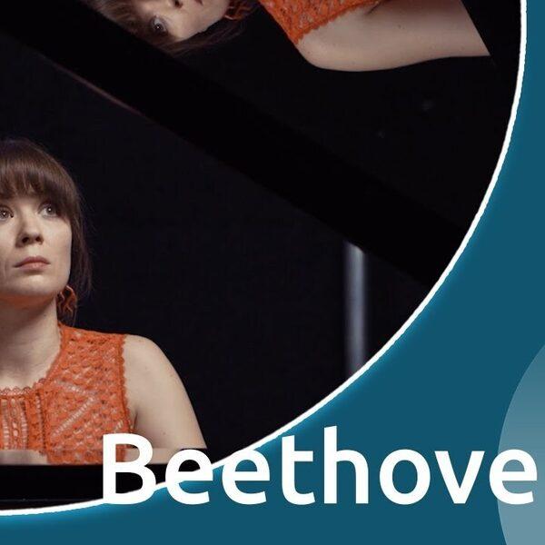 Anna Fedorova speelt Beethovens 'Appassionata'