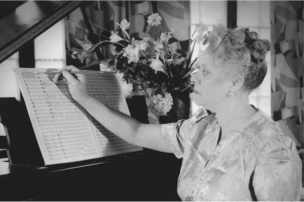 Florence Beatrice Price aan het werk.